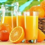 A cada 5 copos de suco de laranja no mundo, 3 são com fruta cultivada no Brasil
