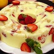 Pudim de frutas de creme 4 leites