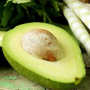 7 benefícios fundamentais do abacate