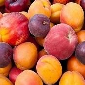 Coma frutas inteiras em vez de sucos